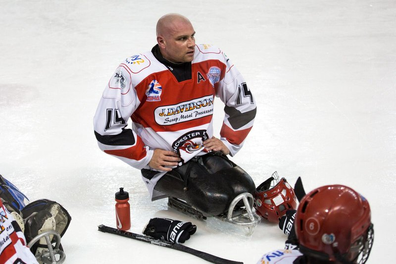 Ice hockey star Anthony Booth receives funding support from Meningitis Now