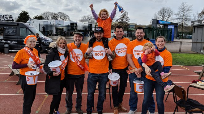 Chris Rainbow London Marathon in celebration of daughter's meningitis recovery