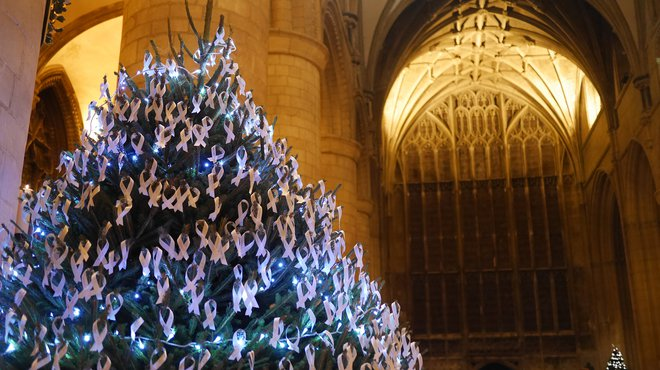 Meningitis Now Christmas carol concert