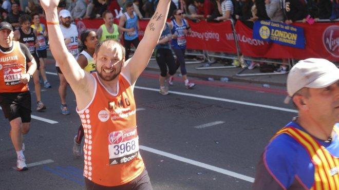 Meningitis Now event - London Marathon runner