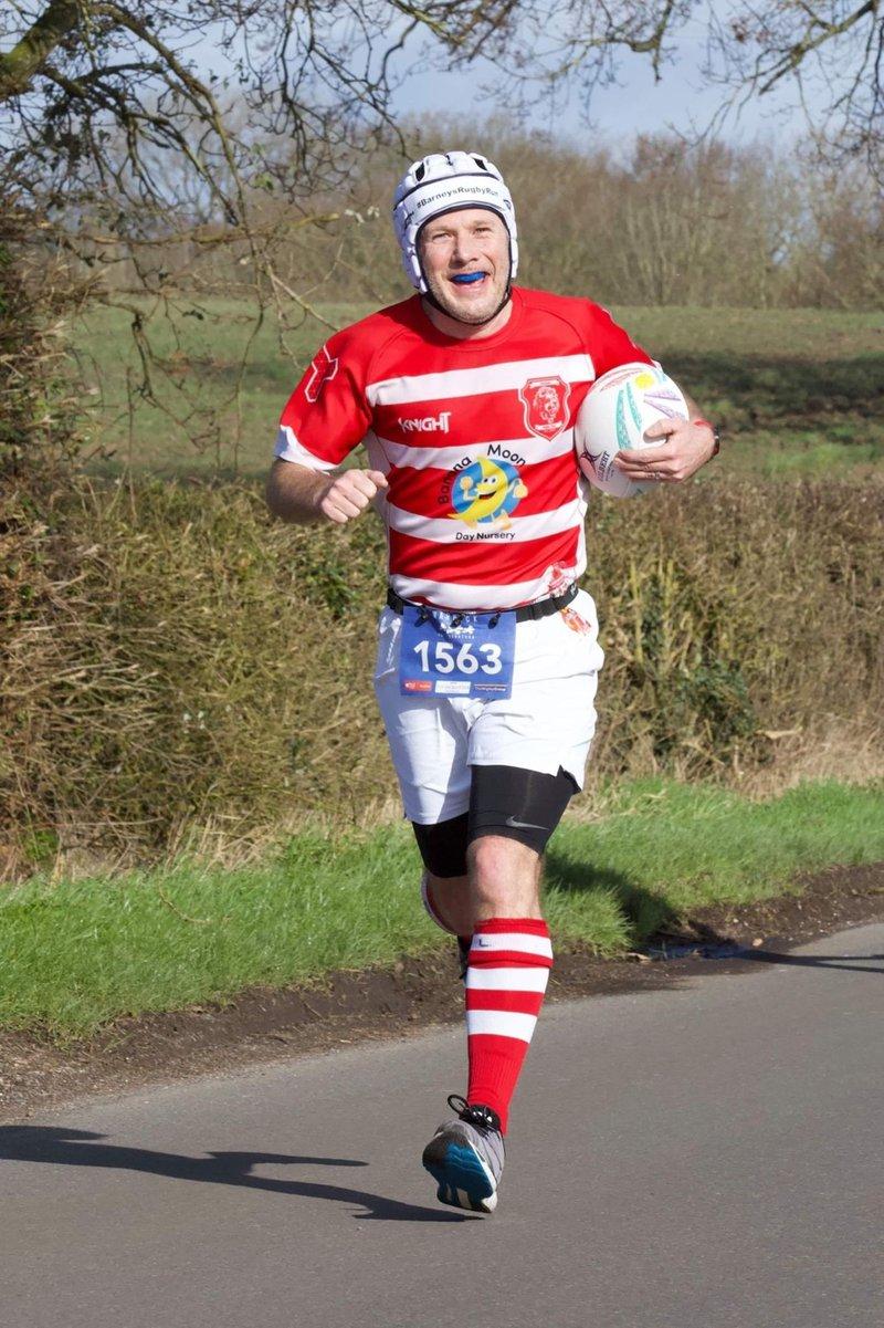 Duncan renews world record London Marathon attempt for Meningitis Now