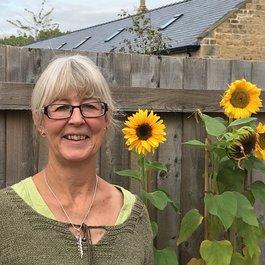 Jane Wells and Meningitis Now's Five Valleys Walk