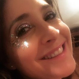 Meningitis Now fundraising event Get Your Glitter On - Lisa Snowdon