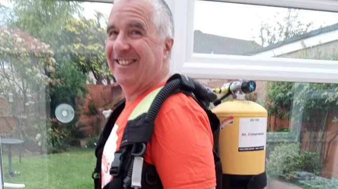 Mark's Southampton Half Marathon for Meningitis Now in scuba kit