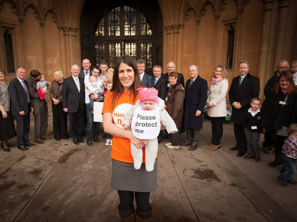 Beat it Now meningitis vaccine campaign - Harriet and Kitty